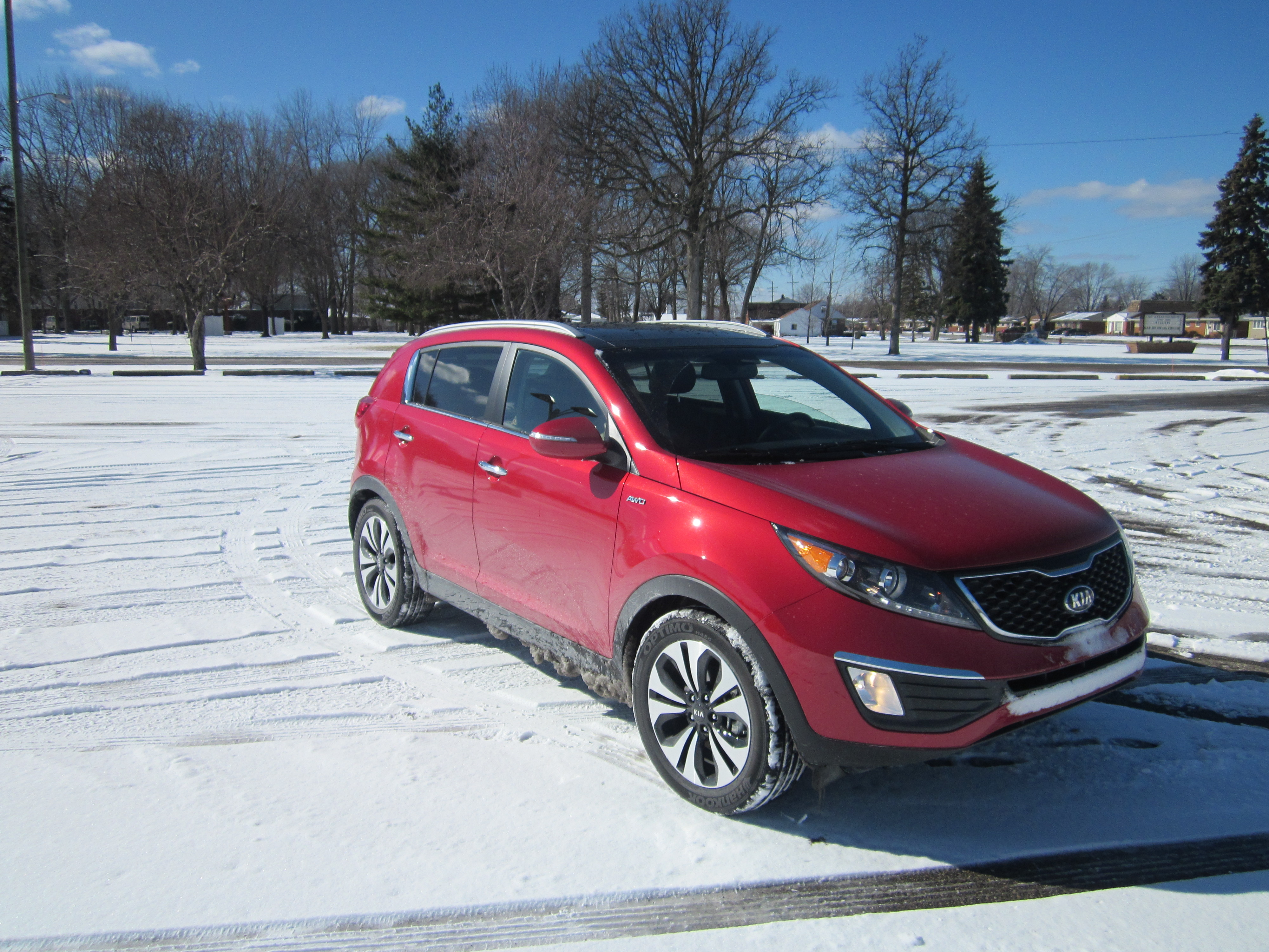 the new 2013 kia sportage turbo awd review ride like the wind. Black Bedroom Furniture Sets. Home Design Ideas