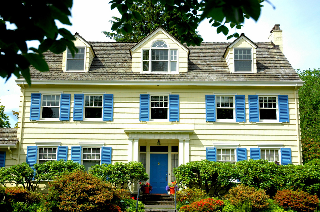 A Brief History Of House Windows