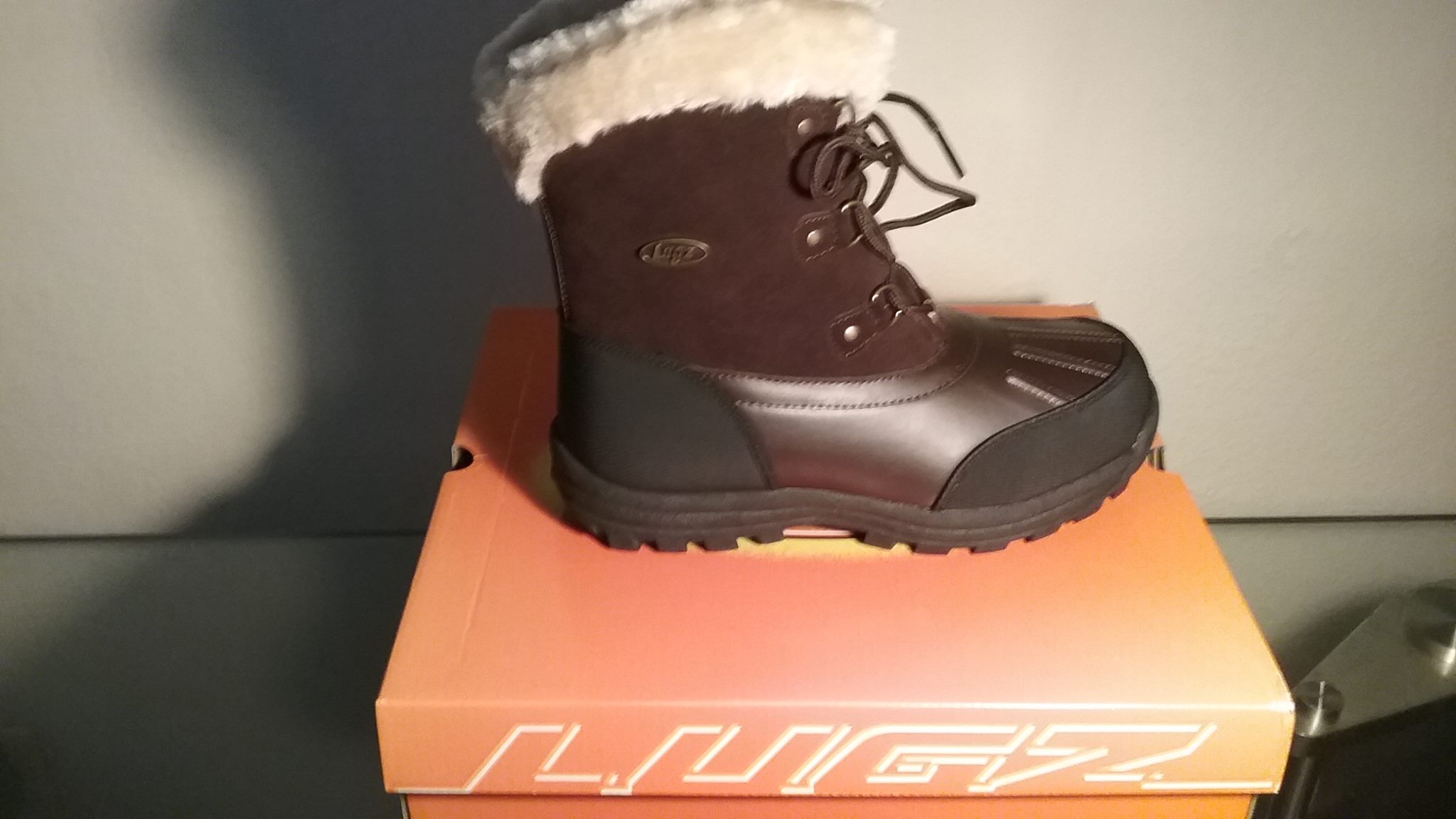 Lugz Women's Tallulah Boots, keeping your feet cozy and warm this winter!