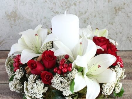 Beautiful Christmas Flowers from Florist With Flowers, Flowers to accent any home!