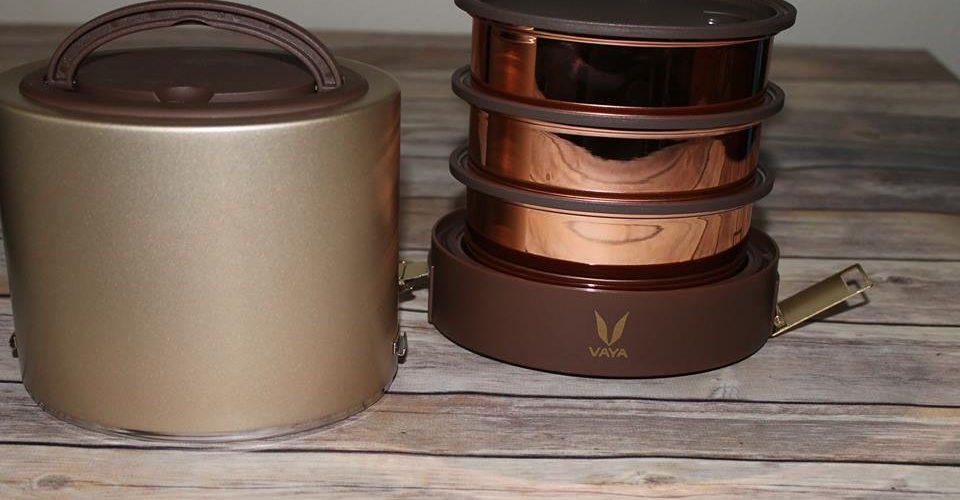 Happy Holidays From VAYA, Tyffyn Gold Container Vacuum-Insulated Lunchbox. #LunchInStyle@VayaLife