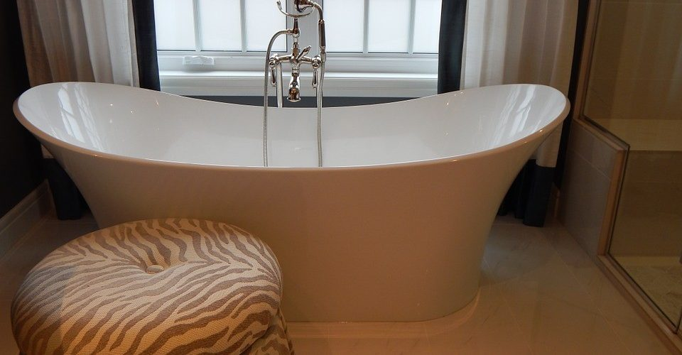 Different Types of Bathtubs for Different Needs - Night Helper