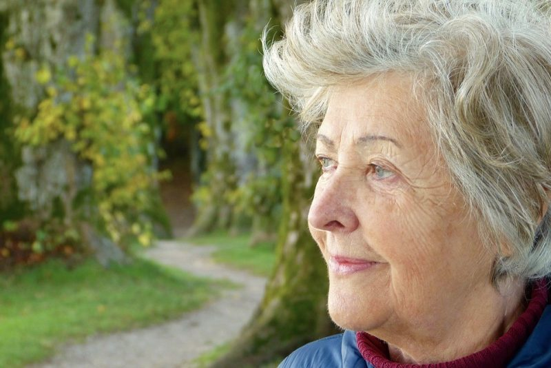 5 Home Safety Tips for Seniors with Alzheimer's Disease