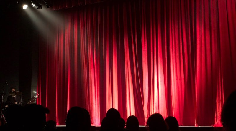 6 Major Functions of Stage Lighting