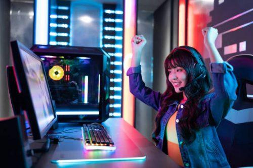 Best Gaming Device   Desktop or Laptop